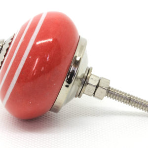 Grand bouton de meuble rouge rayé