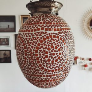 Lustre ovale mosaïque orangée